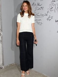 <strong>Michelle Monaghan in Calvin Klein: </strong>This outfit is so chic and a big part of its success has to do with the texture and pattern in her ensemble. The grid pattern on her pants and her peek-a-boo top ensure she doesn't blend into the background in her neutral look.