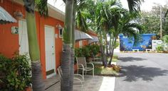 Sea Dell Motel - Marathon Marathon Set in the heart of Marathon, Florida, less than 3 km from Sombrero Beach, this family-friendly motel offers convenient amenities such as free high-speed internet access.