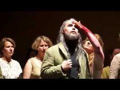Les Troyens von Hector Berlioz in der Spielzeit 2015/16. Leider hatten der Regisseur und der Dirigent Angst vor dem, was sie für Grand opéra halten... (Video der Staatsoper Hamburg; Lizenz: Standard-YouTube-Lizenz)