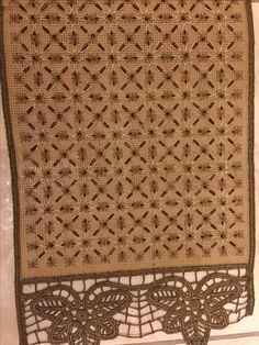 Stitches, Rugs, Home Decor, Needlepoint, Farmhouse Rugs, Stitching, Decoration Home, Room Decor, Stitch