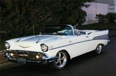 Chevrolet Bel Air, 1957 Chevy Bel Air, Chevrolet Trucks, Chevrolet Impala, Classy Cars, Sexy Cars, Sexy Autos, Cadillac, Old Vintage Cars