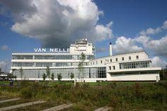 Van Nelle fabriek in Rotterdam http://www.kantoorruimtevinden.nl/kantoorruimte-huren/kantoor-te-huur-in-de-van-nelle-ontwerpfabriek-te-rotterdam/