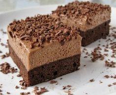 Nutellovo - kávové řezy Czech Desserts, Sweet Desserts, Sweet Recipes, Delicious Desserts, Cake Recipes, Yummy Food, Slovak Recipes, Special Recipes, Sweet Cakes