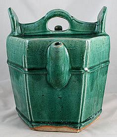 Large Qing Chinese Green Glazed Shiwan Pottery Teapot-trocadero.com