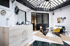 Paris's Thai Boxing Hall Hits All The Right Notes - http://freshome.com/paris-boxing-hall/