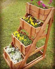 floreira / jardineira /jardim vertical com 4 caixotes