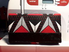 Compagnon Complice wax rouge et noir cousu par Elodie - Patron Sacôtin