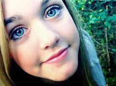 Lottie Tomlinson She is soooo beautiful honestly. Lottie Tomlinson, Tomlinson Family, Louis Williams, James Horan, Harry Edward Styles, Beautiful Eyes, Pretty People, Beauty Makeup