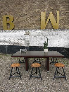 Ahrend Oda vintage design industriële tafel bureau 'Prominent' office table Industrial www.bestwelhip.nl