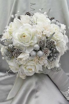 Trend Alert For Winter: Silver And Grey Wedding Bouquets
