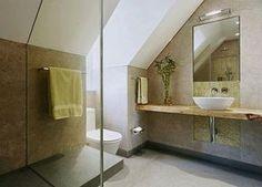 Badezimmer-Dusche-Echtglas-Duschabtrennung-ebenerdig-barrierefrei-seniorengerecht-Waschtisch-Spiegelbeleuchtung-Holzplatte-WC-aufgesetzter-Spuelkasten-Porzellan-Guetersloh.gif (500×359)