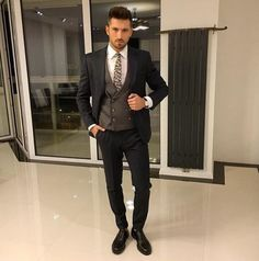 By See more at ✔ Height Insoles, Modern Gentleman, How To Gain Confidence, Wedding Suits, Outfit Posts, What I Wore, Outfit Of The Day, Street Wear, Menswear