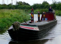 On the Trent and Mersey Canal, this seventy foot long boat offers coal to boaters and remote canalside properties. Most locks on the system were built 72 feet long, so this is the maximum length of narrowboat built for the canals. Canal Boat Narrowboat, Canal Barge, What Image, Boater, Old London, Remote, Building, Places, House