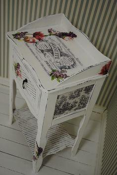 Atölye Shabby Chic: Çalışmaya devam Painting Old Furniture, Decoupage Furniture, Recycled Furniture, Painting On Wood, Painted Furniture, Diy Furniture, Vintage Wood, Vintage Decor, Vintage Shabby Chic