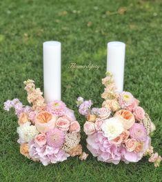 Candles of Love ❤️ David Austin Roses, Wedding Flowers, Wedding Pastel, Dahlias, Pillar Candles, Flower Designs, Table Decorations, Pastel Roses, Dahlia