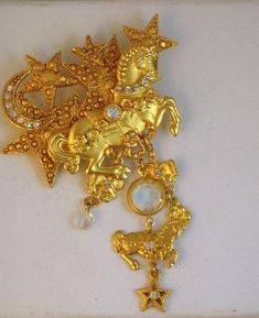 Ornate Kirk's Folly Dangling Carousel Horse Brooch #vintage #brooch #horse #stars #KirksFolly #style #fashion $55.00