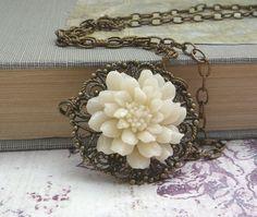 ivory chrysanthemum necklace