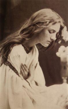 Julia Margaret Cameron, Victorian era 1870s pre-Raphaelite photographer