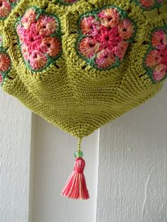 "African flower bag ""Spring"" Bottom tassel detail. Crochet ""African flower"" hexagon."