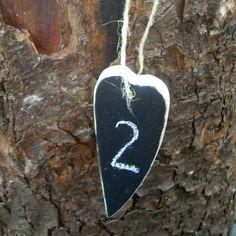 Eplabiter -  Decoration hearts with blackboardpaint Hjertetavler https://epla.no/shops/arringer/