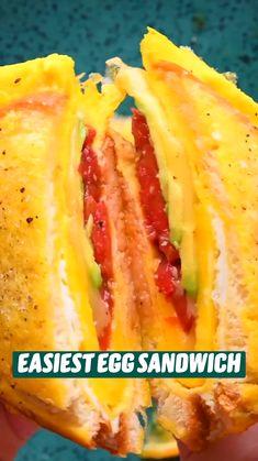 Fun Baking Recipes, Brunch Recipes, Cooking Recipes, Breakfast Dishes, Breakfast Recipes, Diy Food, Food Dishes, Egg Sandwiches, Breakfast Sandwiches