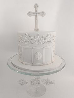 Confirmation cake with Royal icing piping, silver pearls and a cross