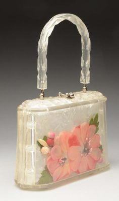Lot # : 991 - Lucite Purse with Encased Flowers.