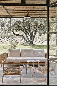 Outdoor Rooms, Outdoor Gardens, Outdoor Living, Outdoor Decor, Exterior Design, Interior And Exterior, Pergola Designs, Minimalist Interior, Backyard Patio