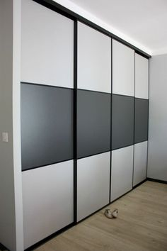 Top 30 Storage Room Door Suggestions to Attempt to Make Your Room Clean as well as Large Wardrobe Interior Design, Wardrobe Design Bedroom, Wardrobe Furniture, Bedroom Furniture Design, Bedroom Cupboard Designs, Bedroom Cupboards, Sliding Door Wardrobe Designs, Closet Designs, Bedroom False Ceiling Design