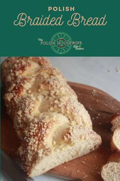 Chałka or Challah is the bread used in Sabbath and holiday rituals for Jews, in particular, the Ashkenazi. They originally formed a community in the Holy Roman Empire (Central Europe) around the end of the first millennium. Great Recipes, Favorite Recipes, Braided Bread, Polish Recipes, Breakfast Items, Challah, Central Europe, Sabbath, Tasty