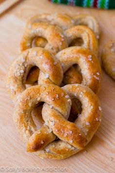 30 Minute Homemade Soft Pretzels - 5(Five)ingredients!!No Mixer needed!!    by sallysbakingaddiction  #Pretzels