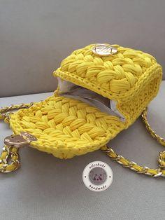 45 Amazing and Beautiful Bloom Knitting Bag Models for 2019 Free Crochet Bag, Crochet Yarn, Crochet Handbags, Crochet Purses, Crochet Bag Tutorials, Crochet Symbols, Diy Handbag, Bag Patterns To Sew, Knitted Bags