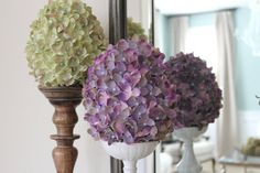 I was inspired by some Martha Stewart Easter decor  atfromGrandin Roadto make these beautiful hydrangea covered Easter eggs. I foun...