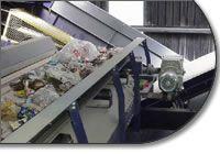 Bandas transportadoras para plantas reciclaje. Materiales y forma de la banda especiales para cada proyecto.