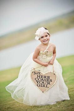 57 Great Ideas For Kids at Weddings. Some REALLY great ideas that I had never thought of. Definitely need to come back to this!