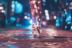New ideas for travel girl photography night Dance Picture Poses, Dance Photo Shoot, Dance Poses, Ballet Pictures, Dance Pictures, Ballet Wallpaper, Street Ballet, Ballet Dance Photography, Girl Photography