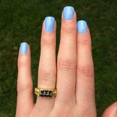 Essie bikini so teeny. #nails #nailpolish #touchofpolish #essie #bikinisoteeny #essiebikinisoteeny