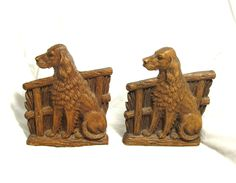 Terrific Vintage Pair Of Syroco Wood English Setter Dog & Rustic Fence Bookends