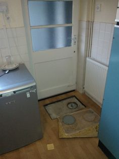 Post with 5704 votes and 38665 views. Safe/time capsule built under my kitchen floor Secret Places, Time Capsule, Kitchen Flooring, Washing Machine, Home Appliances, Album, Building, House Appliances, Buildings