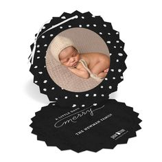 Frame you best photo on this ornament holiday card. #christmasCards #christmas #holiday