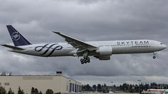 Air France Boeing 777-300 F-GZNT in Skyteam colours