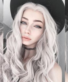 Sarah Marie Karda - Inspiration for Wilten in Dark Heart of the Assassin by Jayla Jasso Sarah Marie Karda, Hair Inspo, Hair Inspiration, Pelo Color Gris, Aesthetic Makeup, Witch Aesthetic, Tumblr Girls, Cute Hairstyles, Witchy Hairstyles