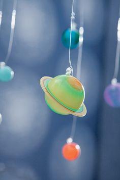 Collection : ONLY BOYS / Planètes, zoom #Papierpeint #decoration #interieur #enfant #kids #boys #Caselio  http://www.caselio.fr
