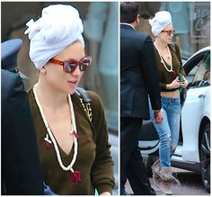 Kate Hudson wearing turban before Golden Globe, to get her Blo blow pro hair style on.  Wrap, Relax, Revive - Aquis hair towel and hair turban, for healthier more natural looking hair. Start natural dry your hair now - www.aquis.se
