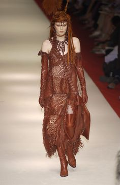 Jean Paul Gaultier at Couture Fall 2002 - Runway Photos
