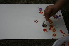 Preschool flower art project....something to do with all those flowers they pick!!