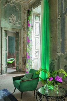 Summer Style! High Style Green and Pink!! Look at the tall open window and the long green curtains! Pretty and Polished!