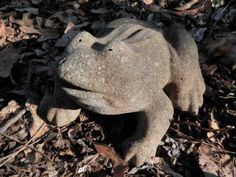 Vintage-Cement-7-Long-Frog-Fountain-Top-Topper-Garden-Statue-Weathered-Concrete
