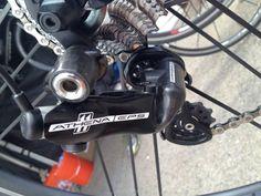 2013-Campagnolo-Athena-EPS-closeup-details06