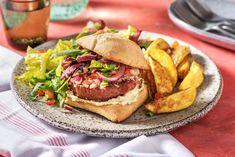 Deel me op Pinterest Ciabatta, Hamburger Vegetarien, Vegan Vegetarian, Vegan Food, Hamburgers, Vegan Recipes, Food Porn, Menu, Lunch